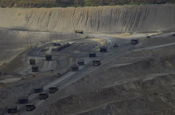 Indonesia Resumes Exporting Metal Ore Concentrates