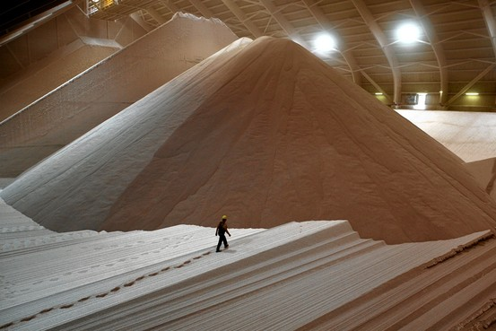 Yara and CF Industries in Talks to Create World's No. 2 Fertilizer Company