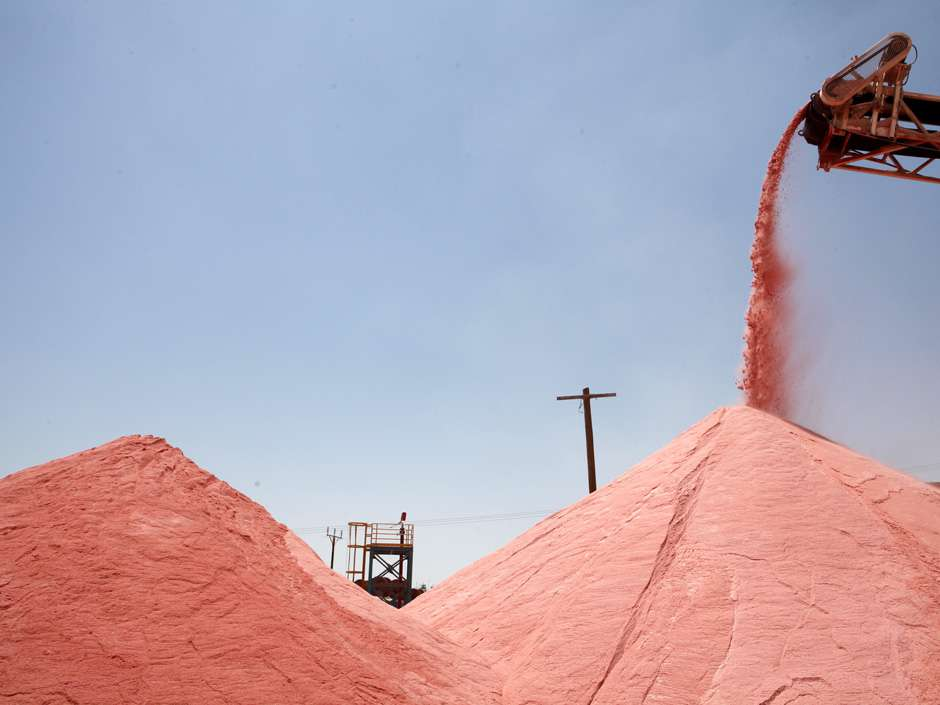 Israel's ICL to Sell Potash to India at Record Low Price