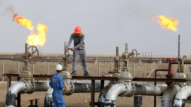 Iraq Revamps Investment Deals to Boost Oil Output