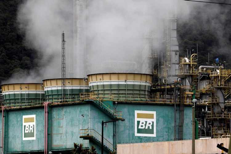 Chinese & Brazilian Oil Giants Team Up in an Investment-Oil Exchange